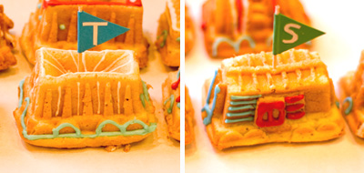 Coco&Me - Children's Birthday Cake - in shape of Trains, with royal icing!