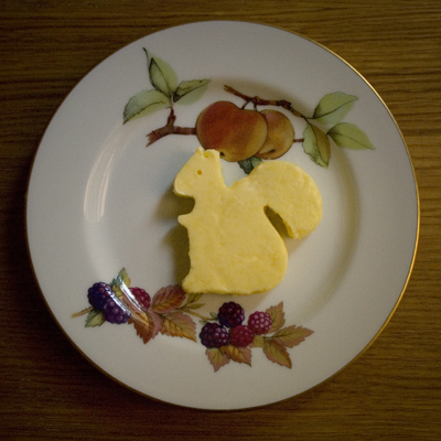 Coco&#038;Me - Homemade butter in a shape of a squirrel (molded)  - www.cocoandme.com