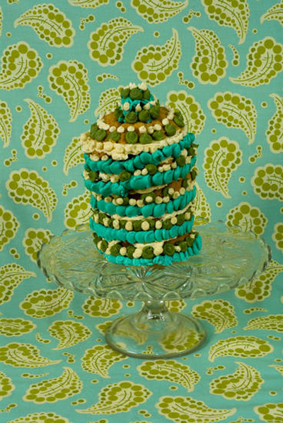 Amy Stevens art cake green www.cocoandme.com Coco&amp;Me coco and me