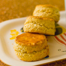 www.cocoandme.com - Coco&Me - Coco and Me - super scones recipe with step by step pictures - jam and milk